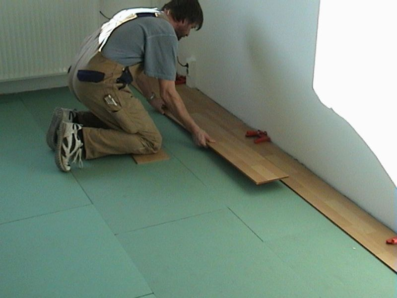 laminat f a s fussbodenverlegung andr sch ttler. Black Bedroom Furniture Sets. Home Design Ideas